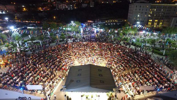 Şehirler ve Kültürler Kaynaşması Giresunlular Gecesi ile başladı.