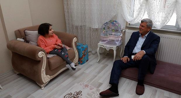 ''Hayata, Kübra kızımız gibi gönül gözüyle bakabilmeliyiz''