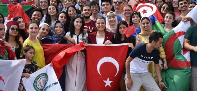 17 Ülke'den 17 Farklı Kültür Buluştu