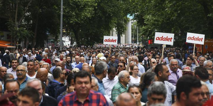 CHP'den Bir Adalet Yürüyüşü Daha!