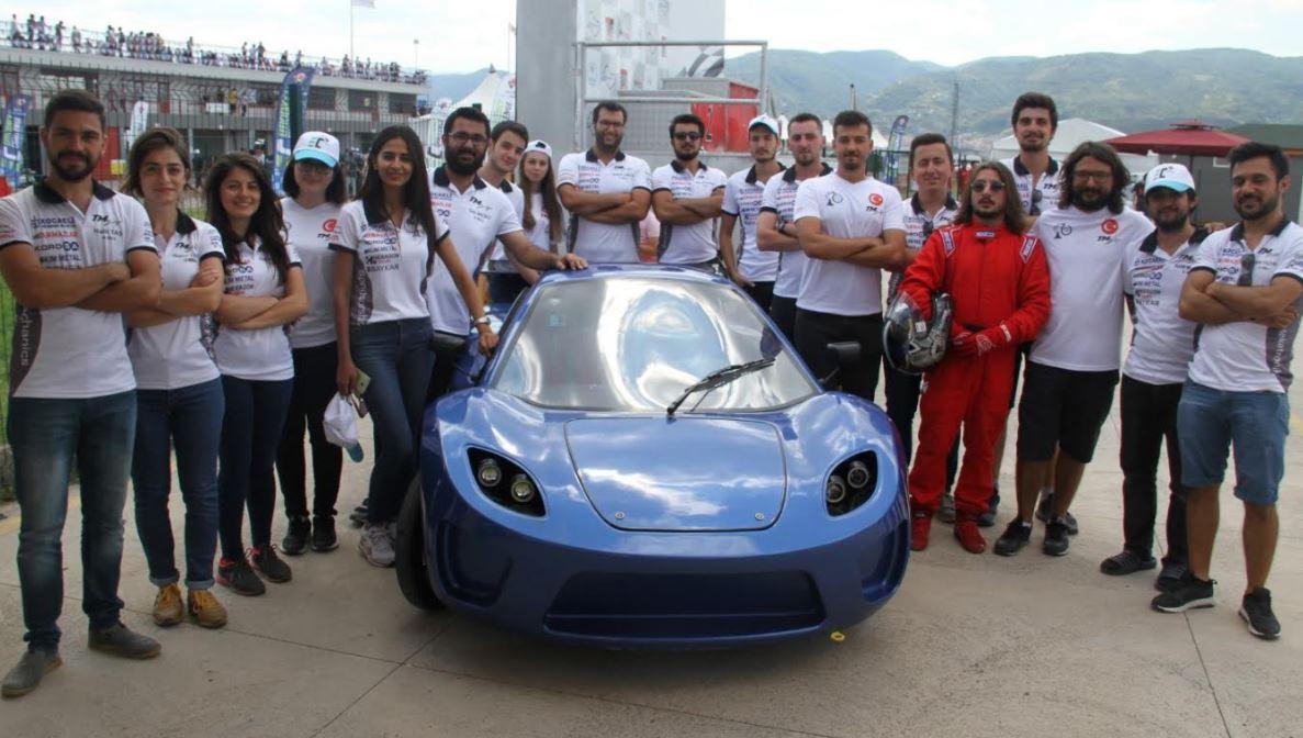 Türkmekatronik takımı Körfez Pisti'nde yarıştı