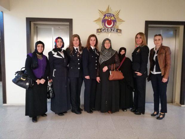 Saadet Gebze kadın kollarından 'Polis haftası' ziyareti