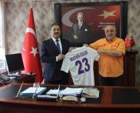 Güler'e 23 numaralı Gebzespor forması