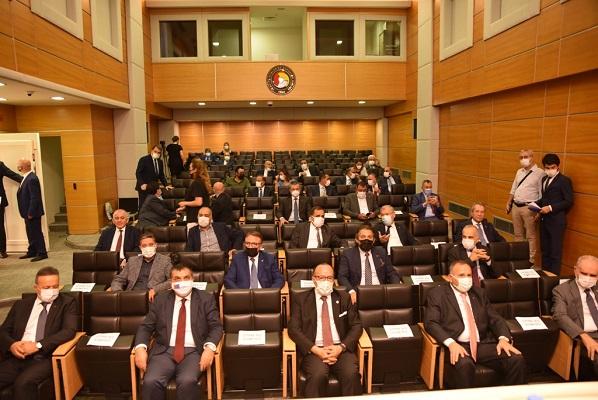 Zeytinoğlu, 4. kez İKV başkanlığına seçildi
