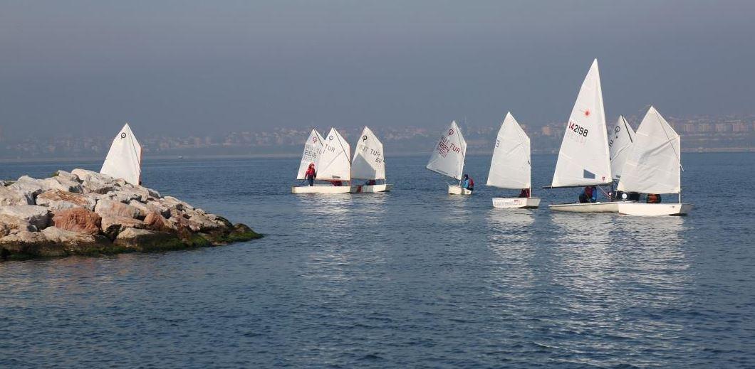 Atatürk'ü Anma Yelken Yarışları Sonuçlandı