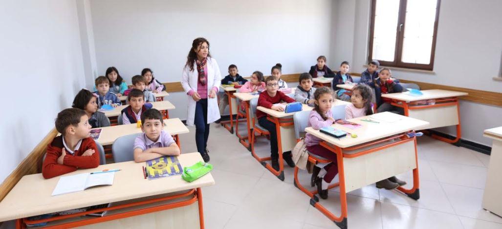 6 Mahallede 10.000 Öğrenci