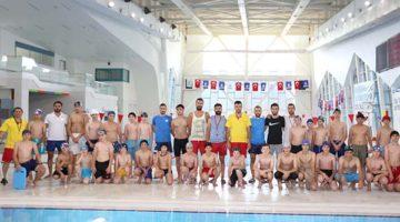Yarı Olimpik Yüzme Havuzuna Büyük İlgi