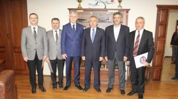 Gölcük Belediye Başkan Yardımcılarına Başarı Belgesi