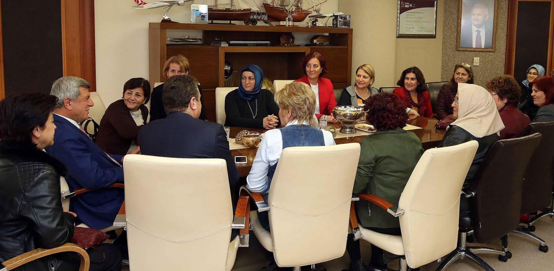 Başkan, kadın muhtarları ağırladı