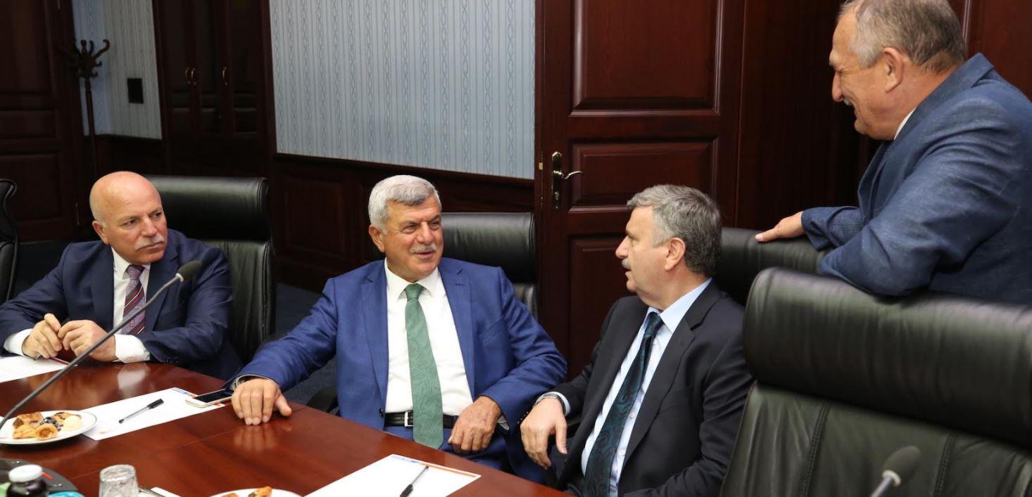 Karaosmanoğlu, Ankara'da Kocaeli'yi anlattı