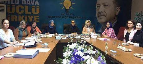 AK Partili Kadınlar Kolları Sıvadı