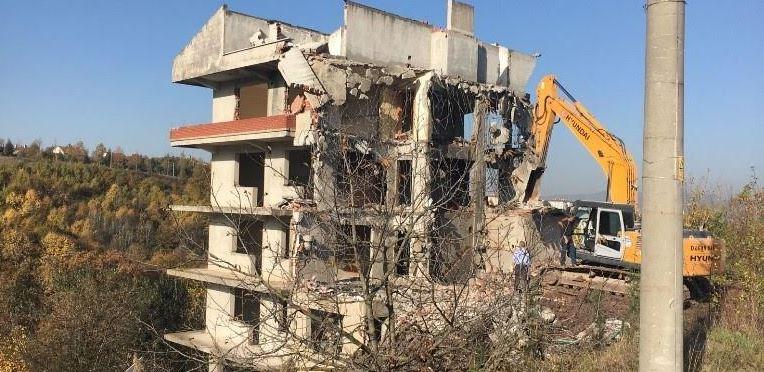 Kocaeli'de bu yıl 177 metruk yapı yıkıldı