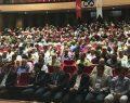 Saadet'in Kongresi Kapalı Spor Salonunda