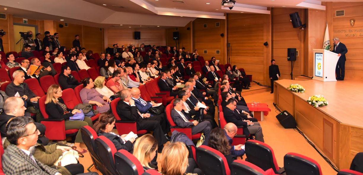 Kocaeli'de Cerrahi Araştırma Kongresi Yapıldı