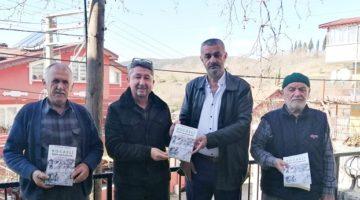 Tarihçi Şükür, İzmit'in Kulfallı köyünde imza günü düzenledi