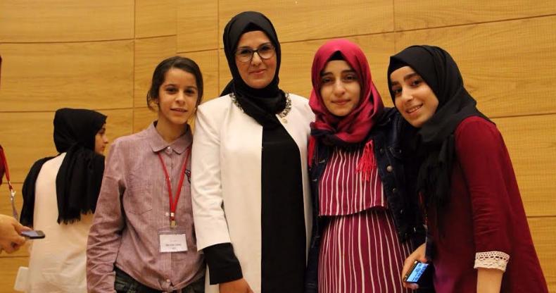 Terör mağduru kız çocuklarını ağırladılar