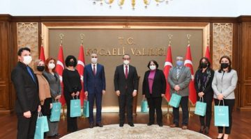 Vali Yavuz, Basın Müdürlüğü Personeliyle Bir Araya Geldi