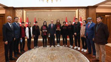 Teknoloji Yarışmalarında Dereceye Giren Öğrencilere Ödül