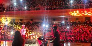 Manuş Baba Gebze'de Konser verdi