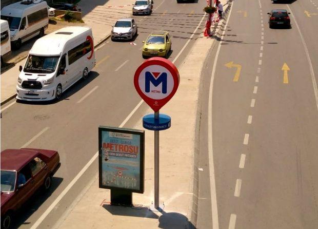 Metro'nun tabelası var kendisi yok