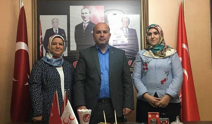 Çayırova MHP'de Kadın Kolları Başkanı Değişti
