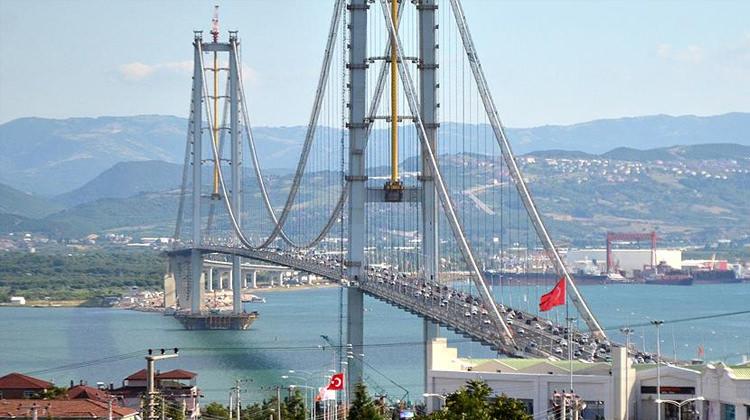 Bakan Arslan O Köprüden Kaç Araç Geçtiğini Açıkladı!