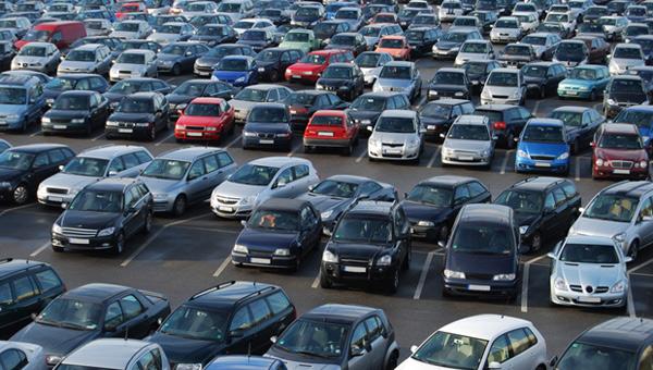 Araç satışı Şubat ayında azaldı
