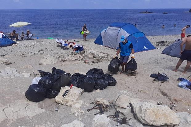 Sahil ve koylardan 250 ton atık