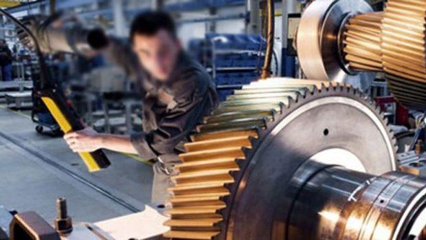 Türkiye'de sanayi üretimi daralıyor!