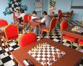 Büyükşehir'den Okullara Satranç Sınıfları