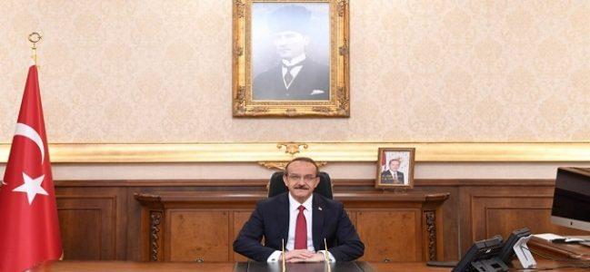 """""""Tarihe altın harflerle yazılmış kutlu bir zaferdir"""""""