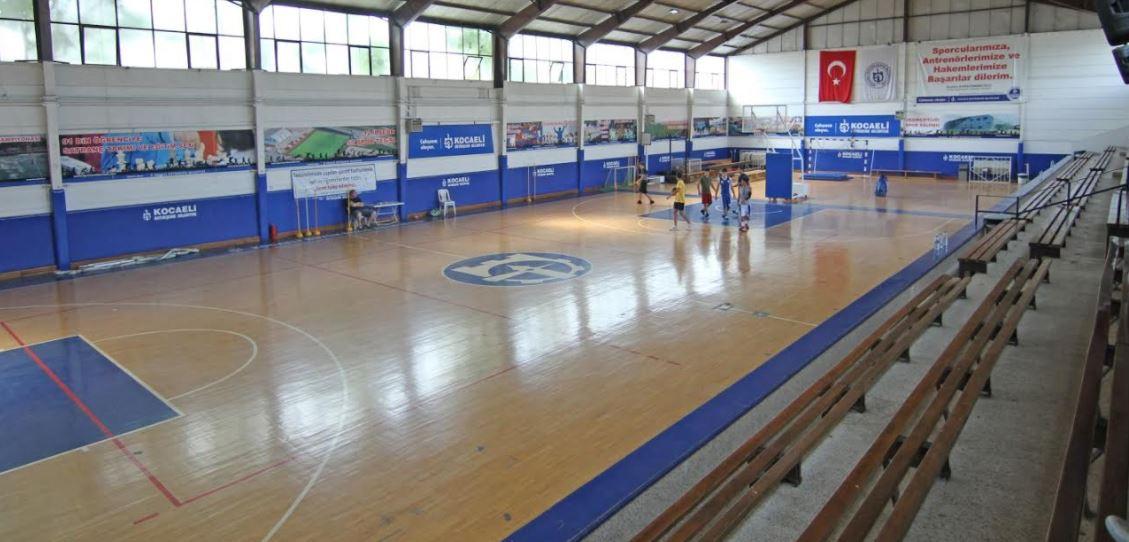 50. Yıl Spor Salonu'nun yenileme çalışmaları başlıyor