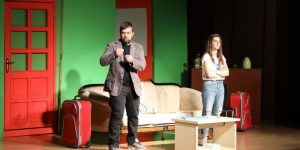 Çayırova'da Tiyatro Günleri Devam Ediyor