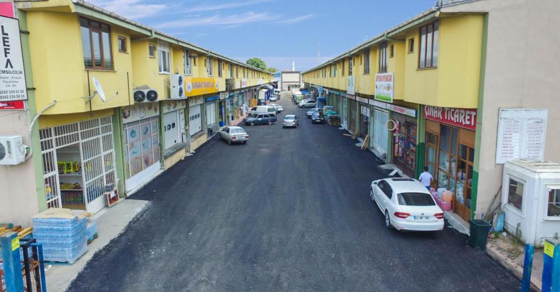 Gıda Toptancılar Sitesi'nin yolları asfaltlandı